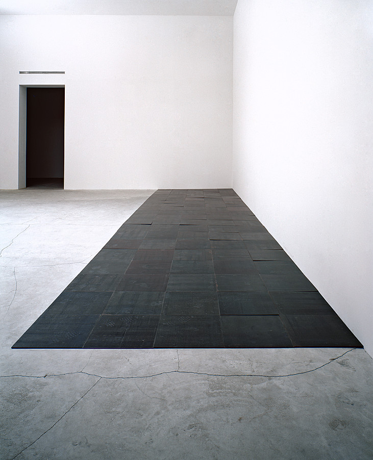Collection online carl andre 5 x 20 altstadt rectangle for Minimal art 1970